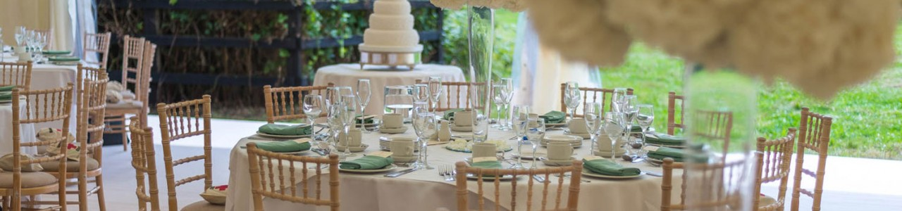 Marquee-Wedding-Jenkinsons-Caterers