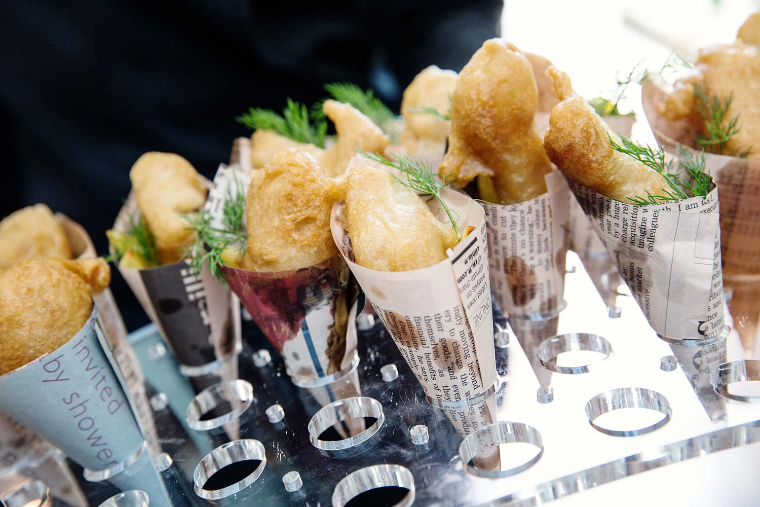 Wedding canapes jenkinsons wedding caterers canap s for Canape wedding